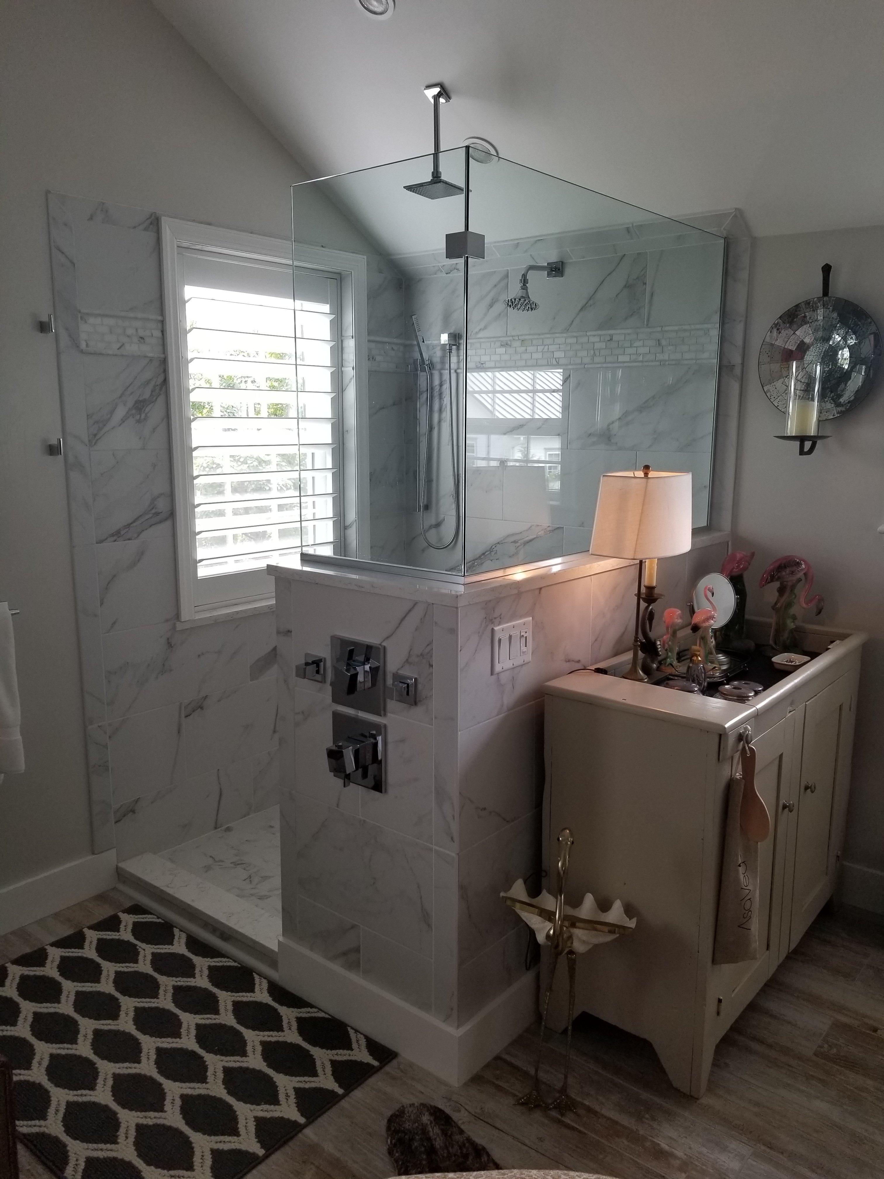 Two-Splash-Panels
